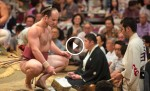 This Muscular White Man Enters The Sumo Ring. What Happens Next Will Shock You.